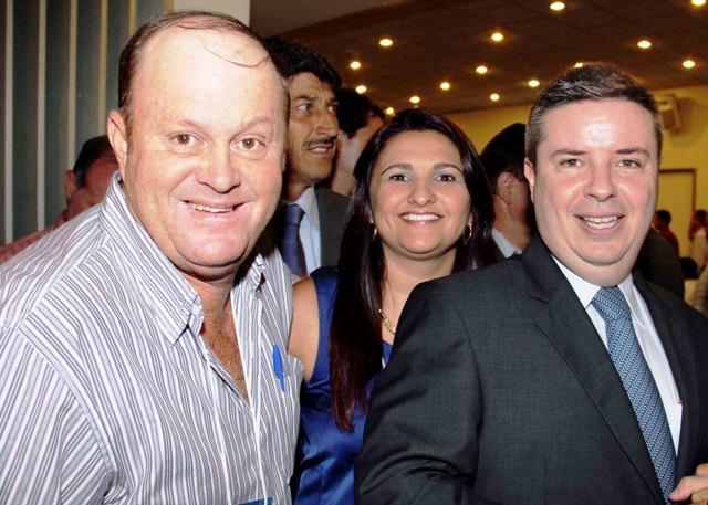 vivi_e_toninho_com_governador